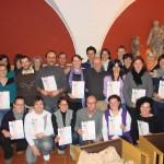 Hier sehen Sie die stolzen Teilnehmer der Abschlussfeier Vitalmasseur 2010